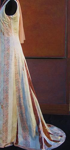 Robe à bandes cousues en soie